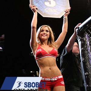UFC round girl