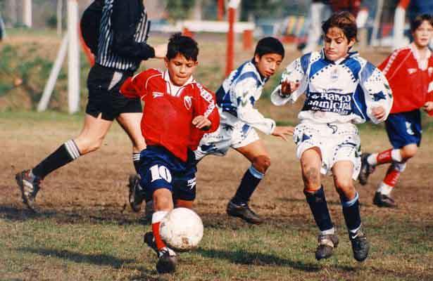 Kid Aguero football player in independiente football club
